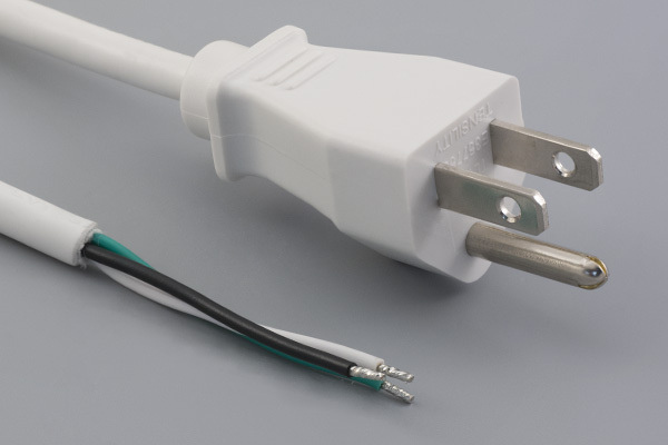 Ac cord, 2000 mm, U.S, NEMA 5-15P plug, TLY-13 to tinned, 18 AWG, SVT wire, 30-00245, white