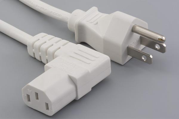 Ac cord, 1000 mm, U.S, NEMA 5-15P plug, TLY-13 to 90° C13, TLY-18L, 18 AWG, SVT, 30-00245, white